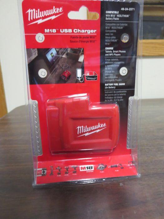 Milwaukee 49-24-2371 M18™ Power Source No Battery